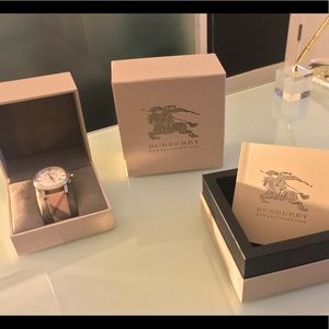 Burberry * Bu9360 Check Chronograph Watch